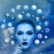 facebook-loeschzentrum-medienkraft-woman